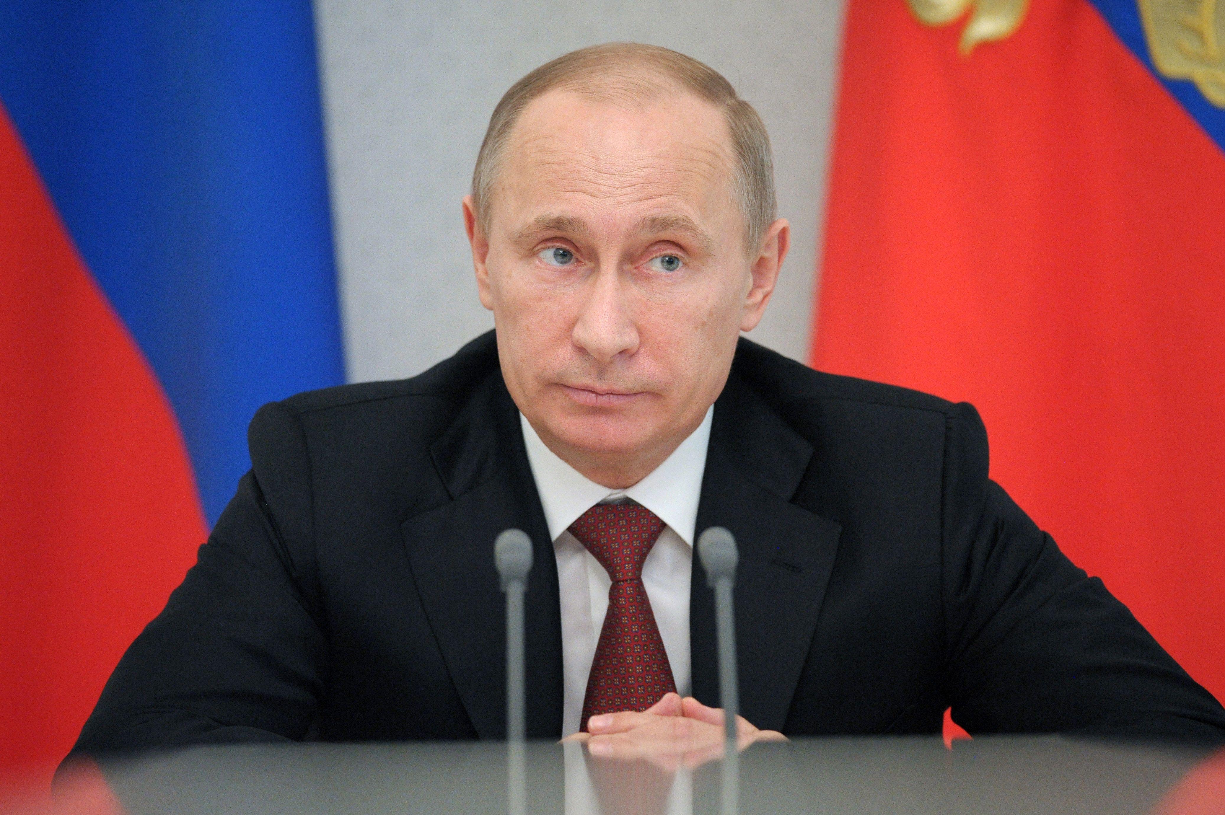 Путин подписал закон